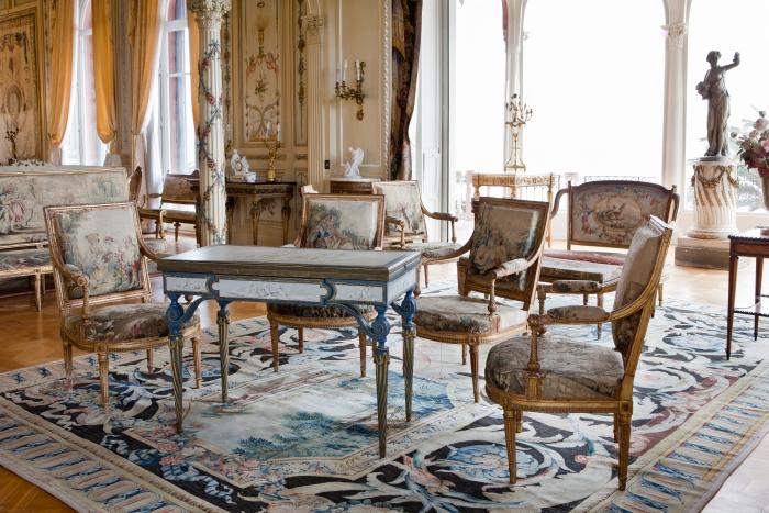Restauration du mobilier du salon louis xvi villa et jardins ephrussi de rothschild palais - Salon louis 16 ...